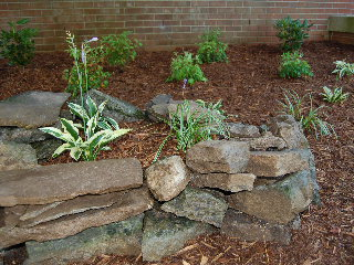 Using rocks in your home landscape - Tips using rock landscaping ...